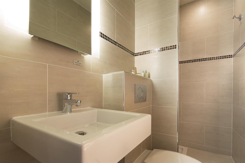 salle de bain 2 renobat. Black Bedroom Furniture Sets. Home Design Ideas