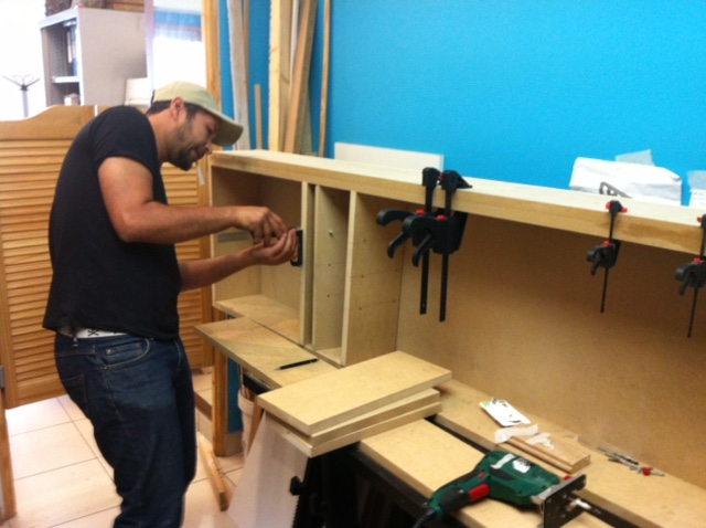 menuiserie renobat. Black Bedroom Furniture Sets. Home Design Ideas